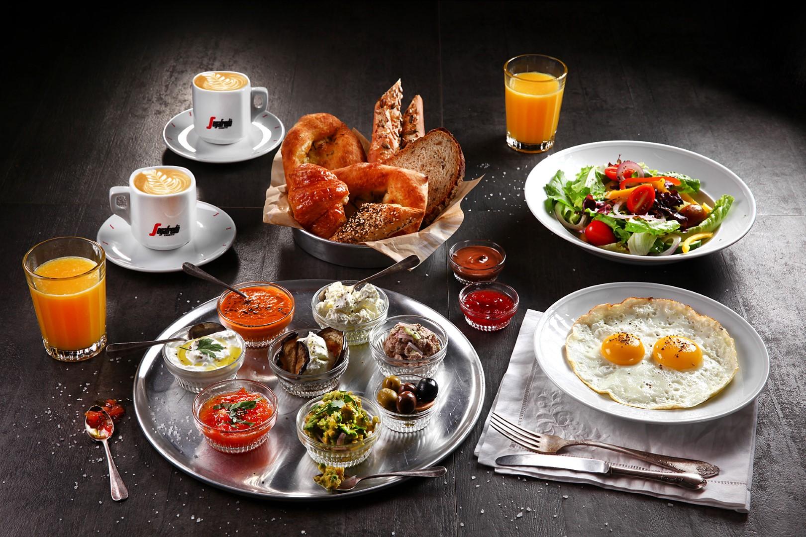 ארוחת בוקר יחיד
