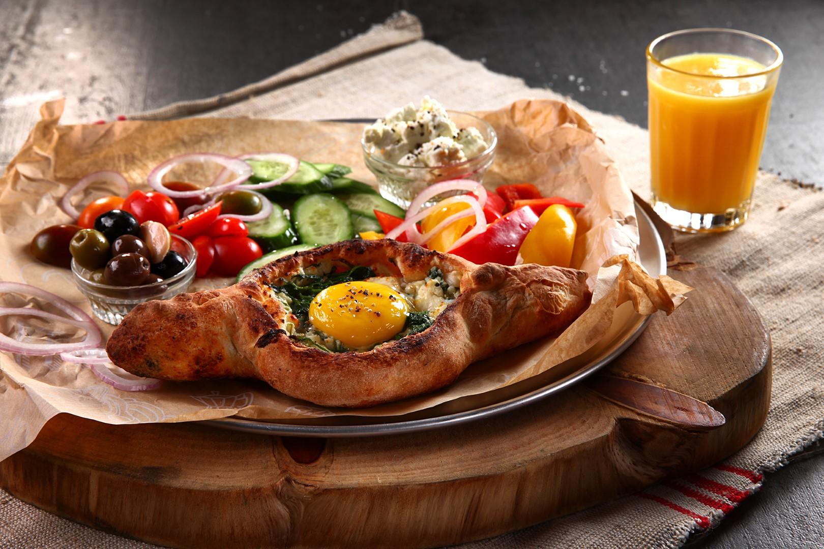 ברוסקטה פרינצי - מאפה עם ביצת עין